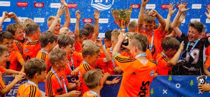 JDFS Alberts Zēnu Futbola Festivāla B grupas čempioni!