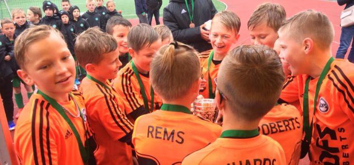 2009.gadu komanda izcīnījusi 3.vietu Mārupē notiekošajā Inspiration cup!