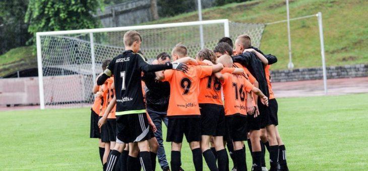 Gints Cimers par bronzas gadu U13 jaunatnes čempionātā.